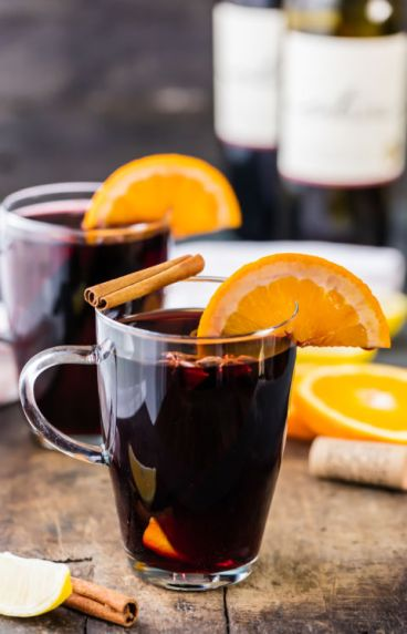 holiday-spiced-mulled-wine-8-of-11